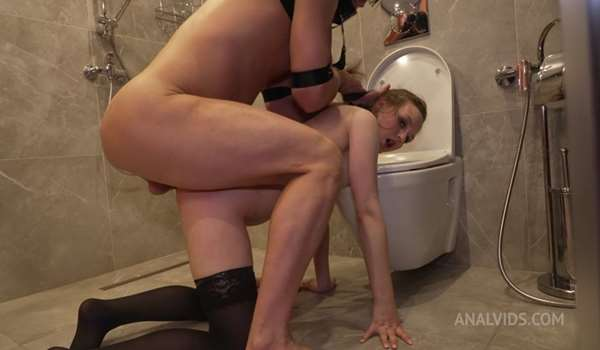 Daddy punishes little Bamby