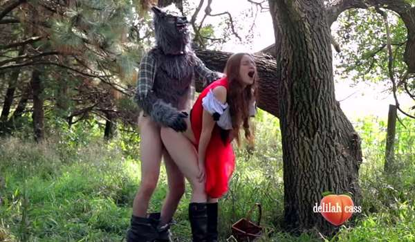 Red Riding Hood Creampied By Wolf