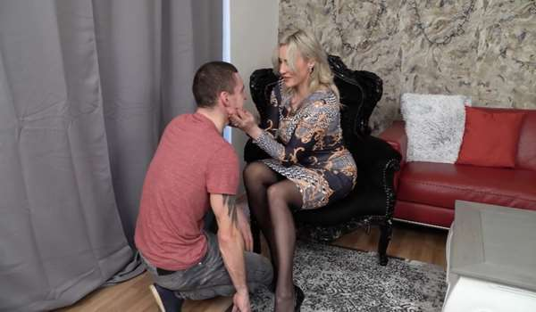 Brittany has a submissive slave
