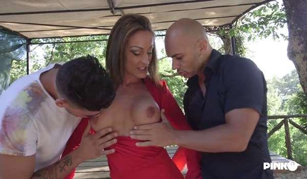 Mila Ramos Italian big tits MILF