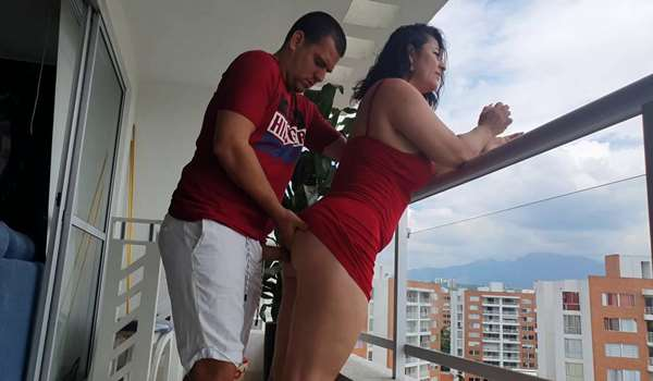 A delicious Anal on the Balcony