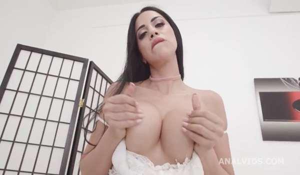 Julia de Lucia ATM Deep Anal